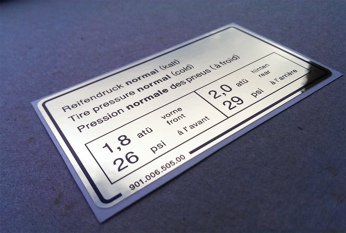 Tem thiếc là loại Decal cao cấp thường dùng cho các sản phẩm máy công nghiệp