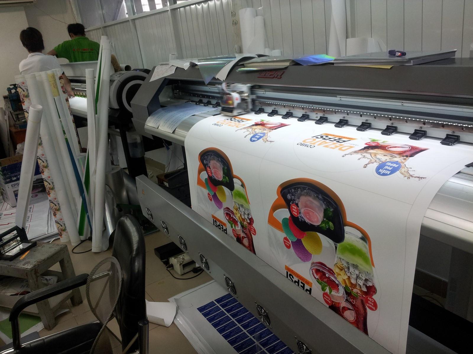 Giá in poster đa dạng và phụ thuộc vào chất liệu, mực in, phương pháp in…