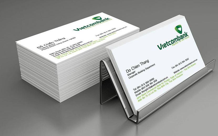 Giấy là chất liệu được sử dụng phổ biến trong in name card