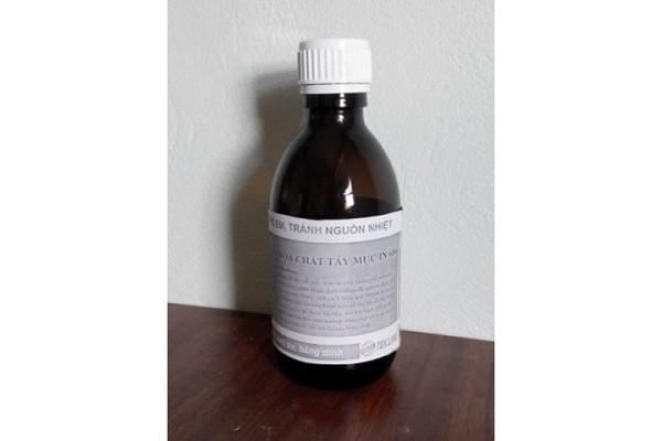 Một loại hóa chất tẩy mực in chuyên dụng