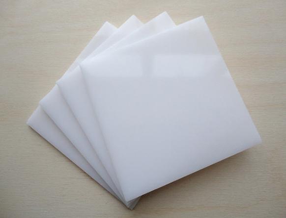 Những thông tin về nhựa mica không nên bỏ qua