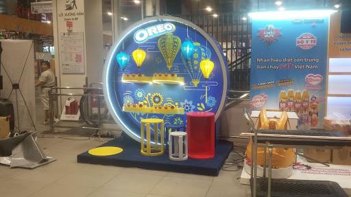 Booth bán hàng không còn xa lạ đối với những thiết kế quảng cáo hiện nay