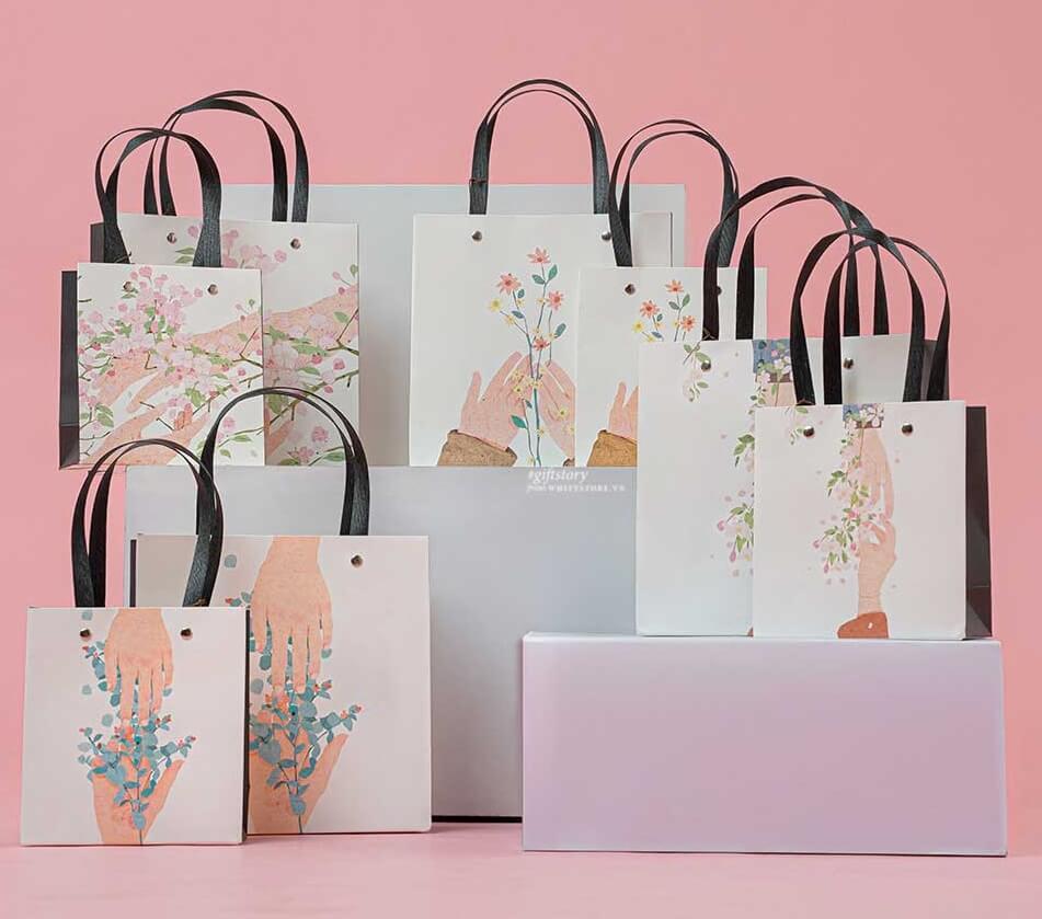 Túi giấy đựng quà giúp tăng cường hình ảnh thương hiệu