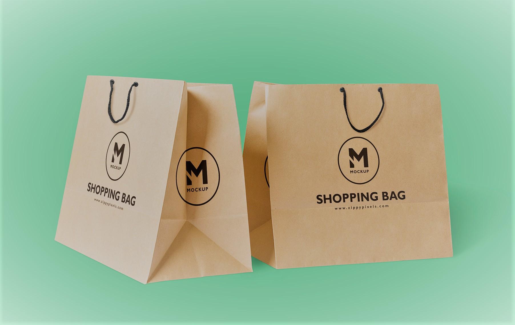 Túi giấy tái chế dùng nhiều trong các shop thời trang
