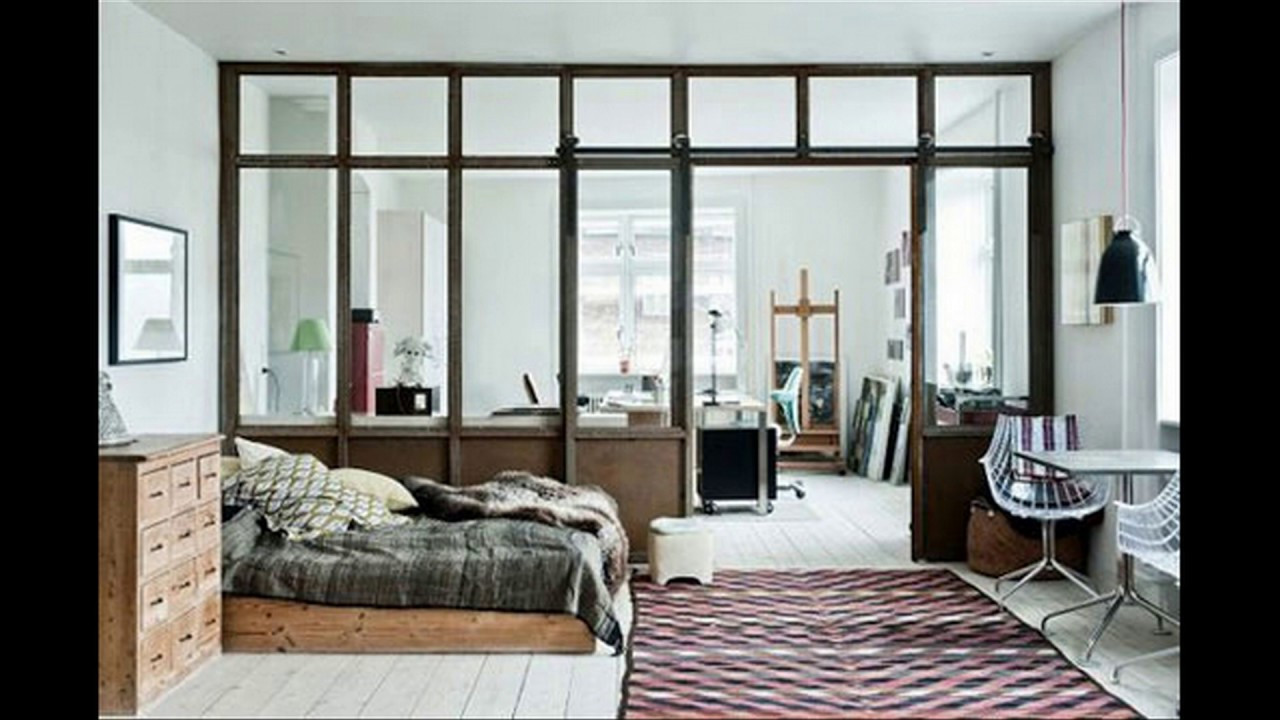 Vách ngăn nhôm kính thường được sử dụng tại phòng ngủ tạo sự riêng tư, thoải mái